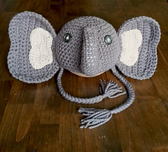 Elephant_hat-front_with_ties_small
