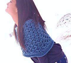 Felicity_capelet_2_small