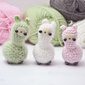 Llama_pattern_3_small_best_fit