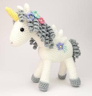 Winged_unicorn__2__small2