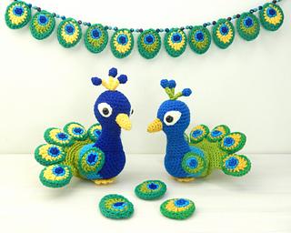 ravelry paksha the peacock pattern by moji moji design