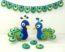 Peacocks_two_small_best_fit