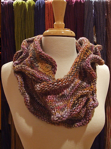 Ravelry Infinity Loop Scarf To Ruffle Or Not Pattern By Diana Jordan