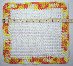 01-easy-crochet-dishcloth-02-1000_small