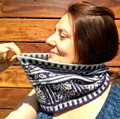 Arabesque_cowl_0_small_best_fit