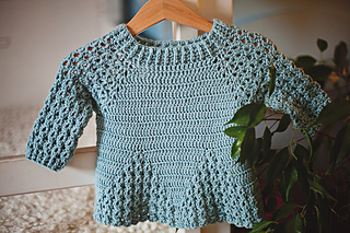 Ravelry Lace Sleeve Sweater Pattern By Mon Petit Violon