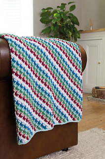 Anna-nikipriwoicz-cosy-up-blanket-683x1024_small2