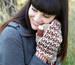 Fox in the Snow Mittens pattern by Patons