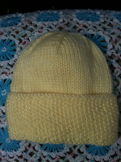 Seed_trim_baby_hat_test_patty_2_small2