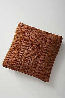 Entwined-cables-pillow_small2