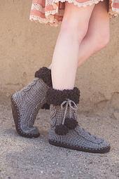 Patagonia_slipper_socks_crochet_pattern_small_best_fit