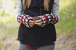 Tulip_gauntlets_fingerless_mitts_small2