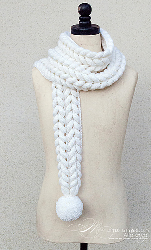 Rapunzel_white_scarf_medium