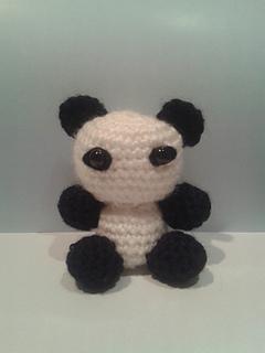 Amigurumi_-_panda_small2