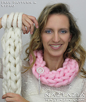 Arm-knitting-scarf-arm-knit-infinity-scarf-cowl-easy-simple-basic-free-pattern_small_best_fit