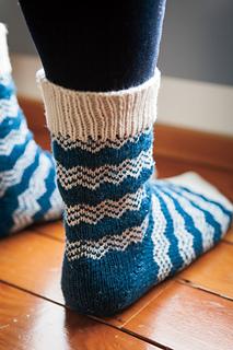 Endless_peaks_socks_10_small2