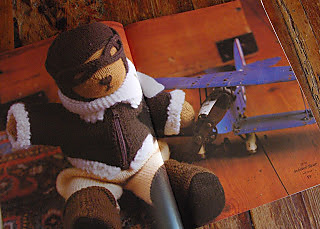 Aviator_bear_small2