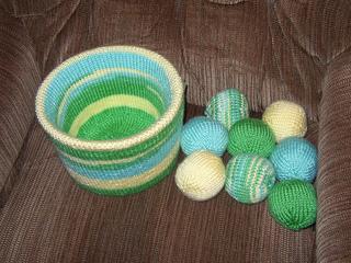 Brady_s_bucket_o__balls_march_2010_small2