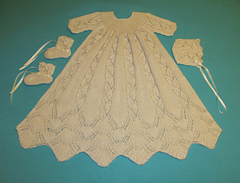 Dayflower_christening_gown_may_2012_002_small