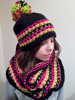 f32439e96dc Ravelry  Moxy Hat and Cowl pattern by Nona Davenport