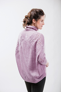 Batwing_pullover_p224_small2