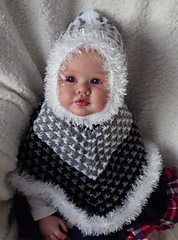 Hooded_cape_005_small