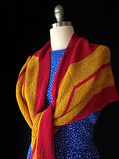 Wonder_woman_shawl2_small2