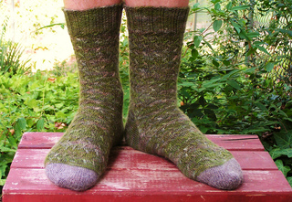 Folklore_socks_026_good_small2
