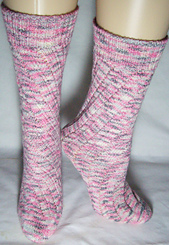 Tube_socks_in_patons_stretch_yarn_small_best_fit