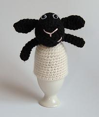 Lamb_egg_cosy_front_1b_small