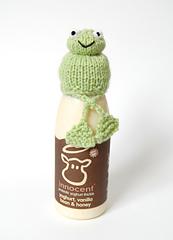 Frog_hat_legs_crossed_small