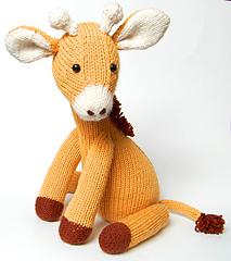 Giraffe_demure_small