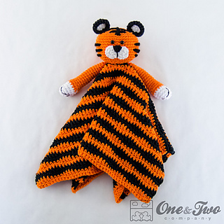 Tiger_security_blanket_02_small2