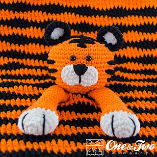 Tiger_security_blanket_04_small2
