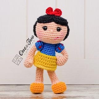 Snow_white_amigurumi_crochet_pattern_01_small2