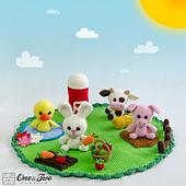 Adventure_on_the_farm_playset_crochet_pattern_01_small_best_fit