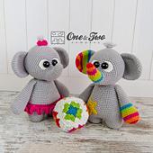 Dash_and_dot_the_little_elephants_amigurumi_crochet_pattern_01_small_best_fit