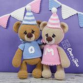 Mia_and_owen_the_teddy_bears_amigurumi_crochet_pattern_01_small_best_fit