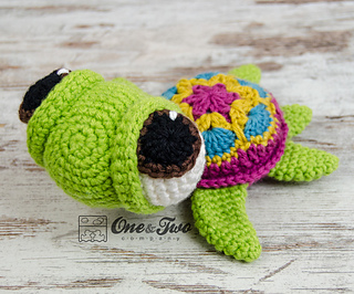Bob_the_turtle_amigurumi_crochet_pattern_08_small2
