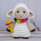 Shopie_the_little_sheep_amigurumi_crochet_pattern_01_small_best_fit