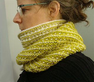 Splitcowl-maximawrappedback_small2