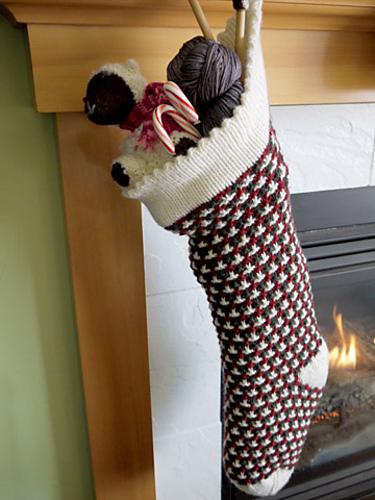 Ravelry: Vintage Christmas Stocking pattern by Paula Levy