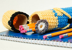 Crochet_minion_pencil_case__19_of_20__small_best_fit