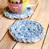 Fabric_yarn_coasters__1_of_2__small_best_fit