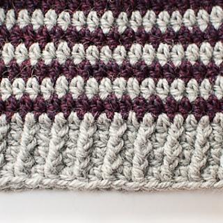 Lace_crochet_bookmark_pattern-1_small2