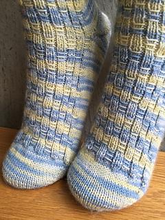 Afbeeldingsresultaat voor fidget socks