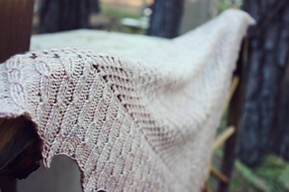 Dots_shawl_4_small2