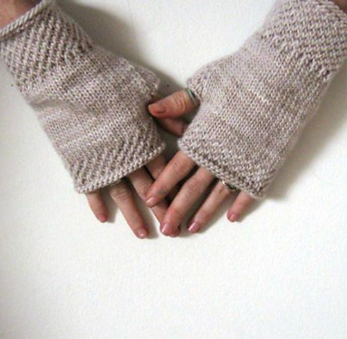 Ravelry Honeycomb Wrist Warmers Knit Pattern By Courtney Spainhower