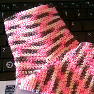Knit-look_cuff_socks_001_small2