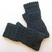 Fingerless_gloves_001_small_best_fit